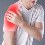 Last van schouderklachten? Lees hier alles over schouderblessures, de oorzaak en waarom de unieke Jetten-aanpak al zoveel patiënten snel heeft geholpen.